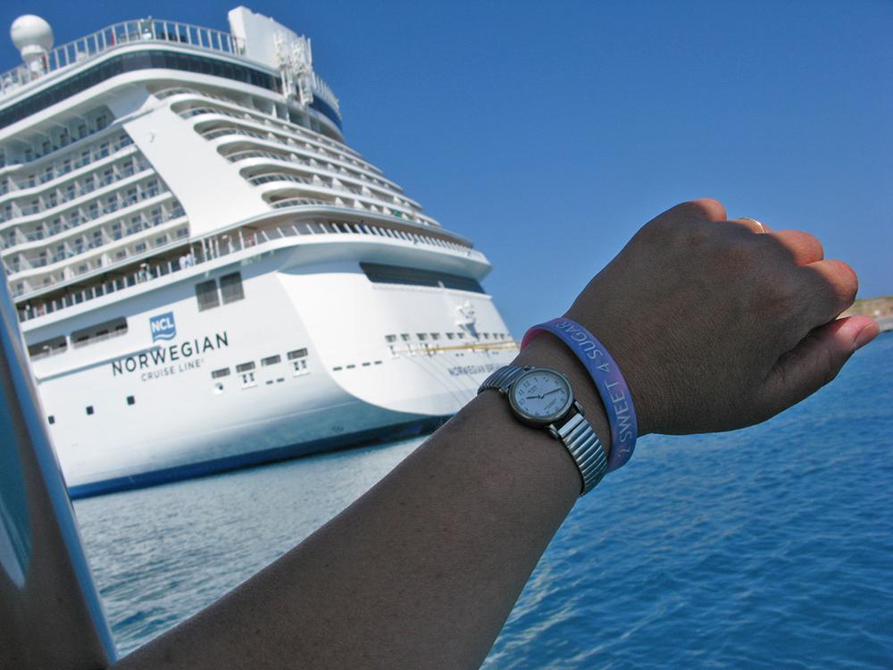 Cruisin' to Bermuda! - L.M.